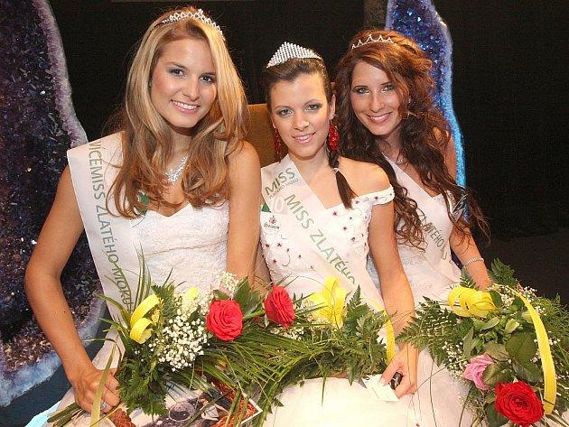 Titul Miss zlatého moku 2009 získala Petra Bubáková z Turnova, na druhém místě skončila Tereza Kučerová z Hovorčovic u Prahy a třetí je Alice Rádrová z Mělníka