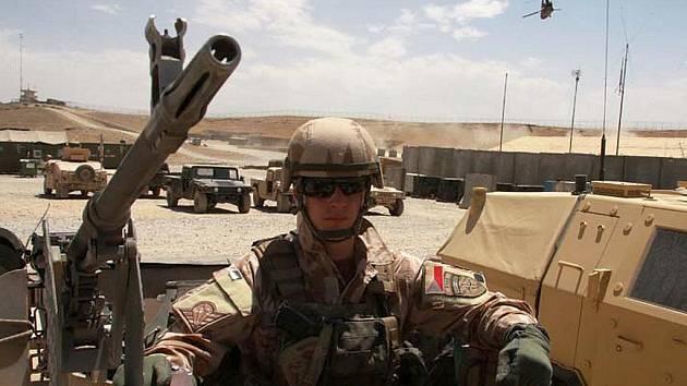Rotmistr David Beneš v afghánské provincii Lógar.