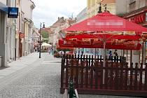 Pěší zóna Pražská v centru Loun