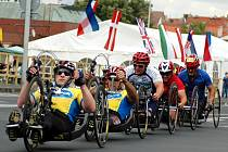 European Handbike Circuit Louny 2007 přilákal do Loun více než stovku vozíčkářů ze 21 zemí světa.