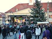 Zahájení adventu na Mírovém náměstí v Lounech
