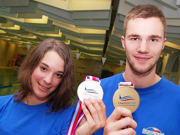 Lucie Svěcená a Tomáš Plevko s cennými medailemi