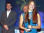 Lucie Svěcená, plavkyně ze Žatce, účastnice olympiády v Rio de Janeiru, byla vyhlášena nejúspěšnější sportovkyní okresu Louny za rok 2016.