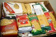 Potřební přivítají jakékoliv těstoviny. Přidat můžete třeba balení rýže nebo luštěnin. Ilustrační foto