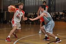 Lounští basketbalisté přehráli v oblastní lize rezervu Mostu.