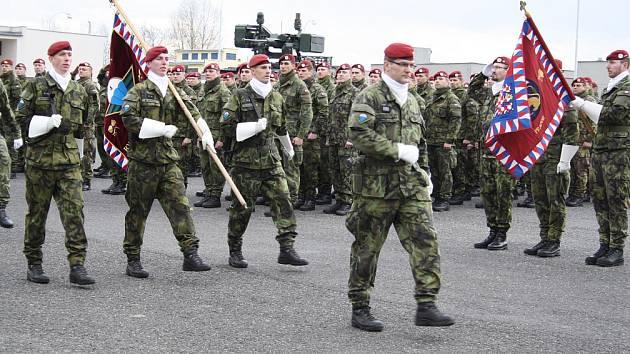 Žatecká 4. brigáda rychlého nasazení při slavnostním nástupu