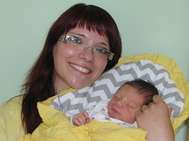 Mamince Radce Klasnové z Měcholup se 8. června 2015 ve 14.30 hodin narodil syn Jakub Uldrich. Vážil 2965 g a měřil 48 centimetrů.