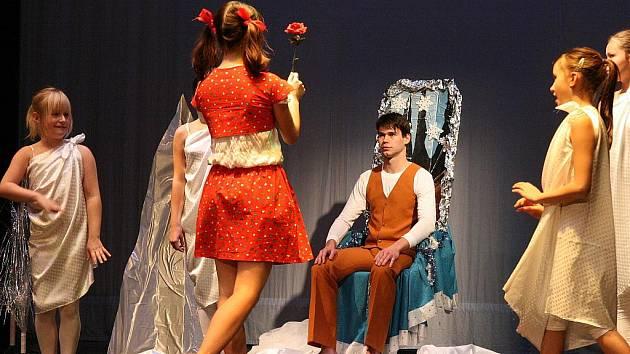 Pohádka Sněhová královna v podání tanečníků TŠ Luna Louny