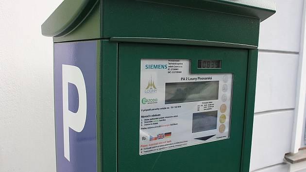 Parkovací automat v lounské Pivovarské ulici
