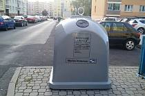 Nový kontejner na třídění kovů v lounské ulici Kosmonautů