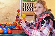 Aneta Urbanová byla jednou z prvních návštěvnic na probíhající  výstavě v žatecké Sladovně.