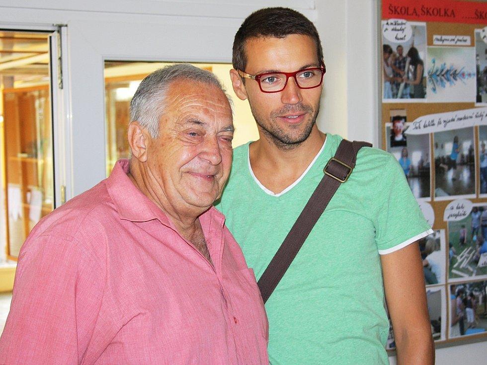Pozdravit herce přišel i jeho bývalý třídní učitel Josef Šilhánek