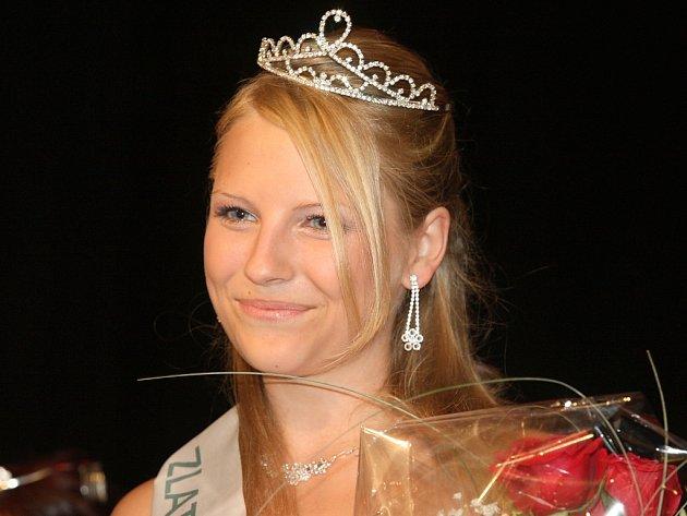 Marcela Vovsová z Mělníka získala v Žatci titul Miss zlatého moku pro rok 2008