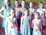 Slavnost k závěru školního roku v žatecké MŠ U Jezu.