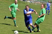 Utkání Lenešic (v modrém) proti Cítolibům