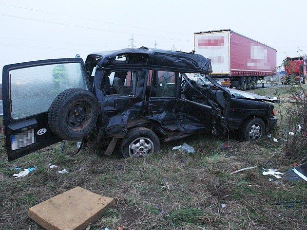 Tragická nehoda u obce Nemilkov na Mostecku, která se odehrála 20. října 2012