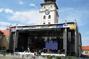 Hlavní scéna na žateckém náměstí Svobody