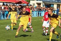 Utkání Loun B (ve žlutém) proti Kozlům
