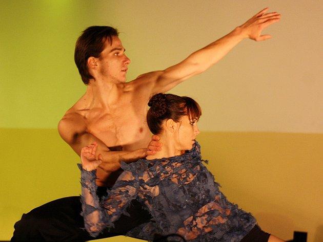 Open Air Gala Dance Show 2012 v Lounech