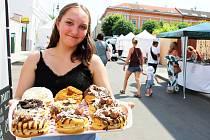 Street festival jídla pití a hudby Dovalte na Vale v Lounech.