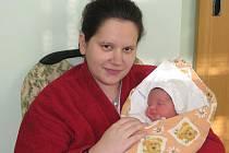 První letošní miminko okresu přivítala na svět maminka Pavlína Plevová z Postoloprt. 2. ledna 2012 ve 13:26 hodin se jí narodila dcerka Eliška. Vážila 3,05 kg a měřila 47 cm