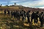 Rota aktivních záloh 41.mechanizovaného praporu Žatec při cvičení na Doupově loni na podzim.