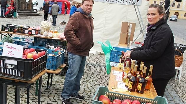 Farmářské trhy v Žatci.
