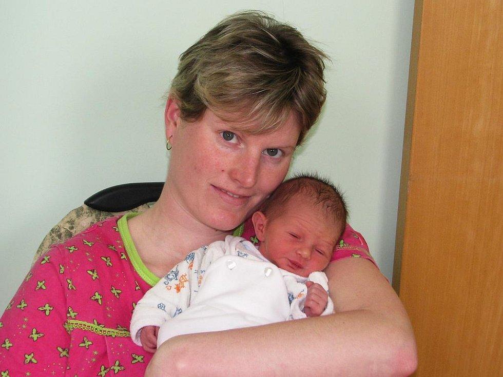 Mamince Kateřině Čókové z Blatna se 26. března 2011 ve 21:43 hodin narodil syn Vojtěch Čóka. Vážil 2,58 kilogramu, měřil 49 centimetrů.