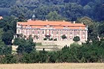 Zámek ve Stekníku nedaleko Žatce.