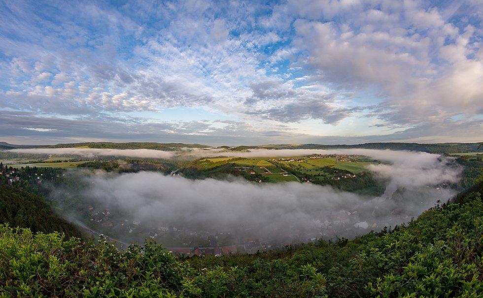 Mlha nad Berounkou