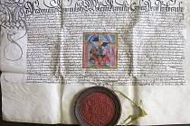 Mezi zajímavými dokumenty bude k vidění i listina Ferdinanda I. z poloviny 16. století.