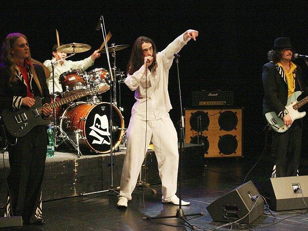 Joe Purple při vystoupení v lounském Vrchlického divadle