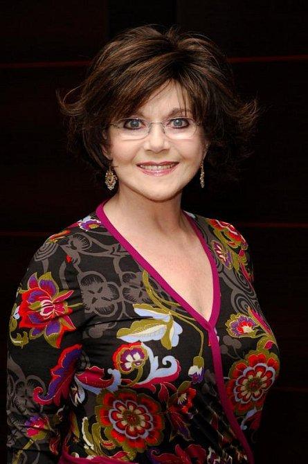 Dr Miriam Stoppard, anglická lékařka, spisovatelka a podnikatelka
