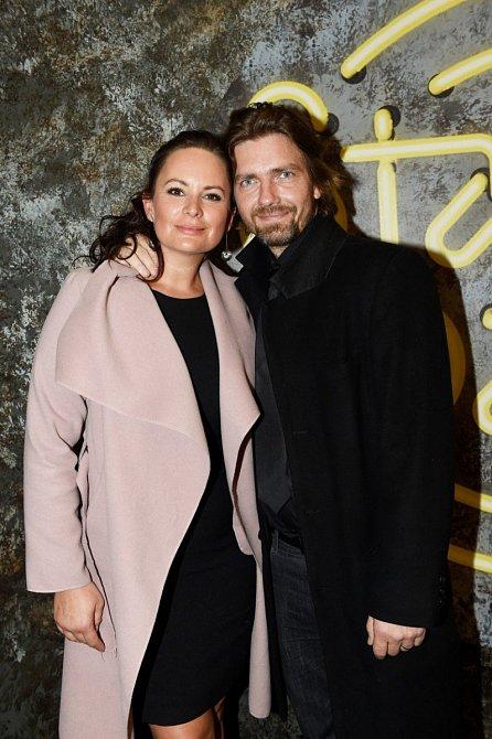 Jitka Čvančarová žije s tanečníkem Petrem Čadkem.