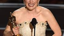 Julianne Moore získala Oscara za film Pořád jsem to já.