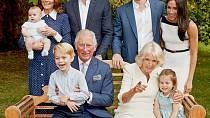 Královská rodina pohromadě. Rozšíří se o chlapce nebo holčičku?