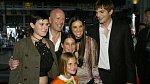 Ashon spolu s Demi jejím bývalým manželem Brucem Willisem a jejich dcerami