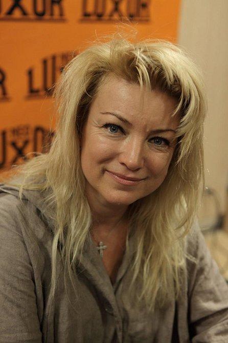 Eva Vejmělková nyní.