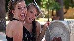 Abigail Loraine a Brittany Lee Henselovi