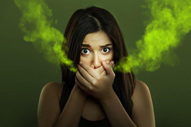 Zabijácký dech může zbůsobit i nedostatečné čištění jazyka