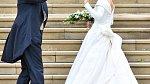 Svatební šaty princezny Eugenie navrhoval Peter Pilotto.