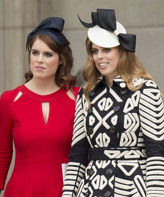 Princezny Beatrice a Eugenie na sebe rády strhávají pozornost.