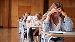 Známky ve škole se povážlivě zhoršují.