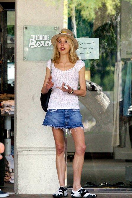Chloe v době, kdy bojovala s anorexií.