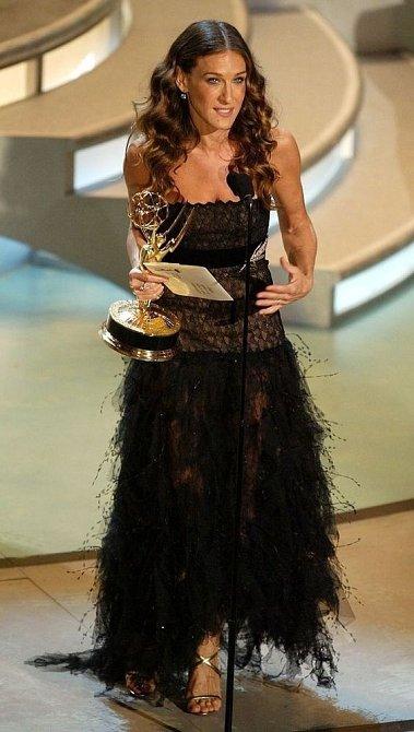 Sarah Jessica Parker při předávání cen.