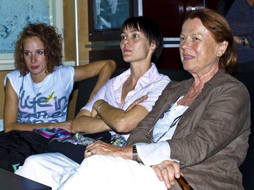 Táňa Pauhofová, Iva Janžurová, Klára Trojanová Polertová