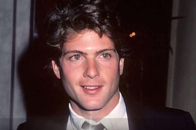 Timothy Patrick Murphy (1959-1988) - Americký herec byl nejvíce známý z amerického seriálu Dallas. Na komplikace spojené s AIDS zemřel v 29 letech. Ještě za svého života se přiznal, že měl aféru s jistým bisexuálním hercem.