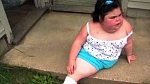 Je známý případ Shiloh Pepin, která se dožila dokonce 10 let. Dívka neměla močový měchýř, dělohu ani vaginu, střeva měla vyvinutá jen zčásti a chyběla jí jedna ledvina. Zemřela na zápal plic.
