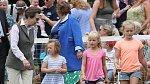 Princezna Anna s vnoučaty
