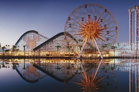 <p>Disney Park v Kalifornii nabízí zábavu pro celou rodinu.</p>